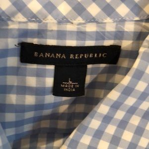 Banana republic large blue and white checkered